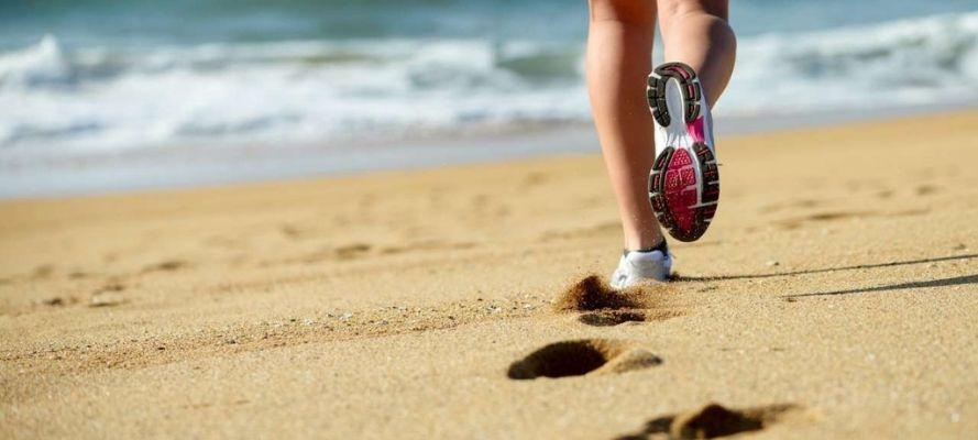 Allenarsi in spiaggia: quali esercizi fare